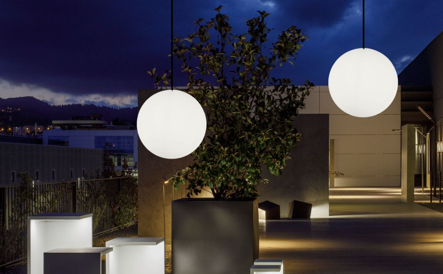 Kugelleuchten für den Garten und Terrasse als Leuchtkugel